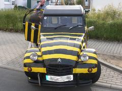 Citroën Ente als Tigerente